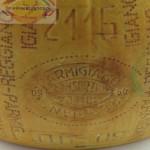 Parmezaanse kaas heel